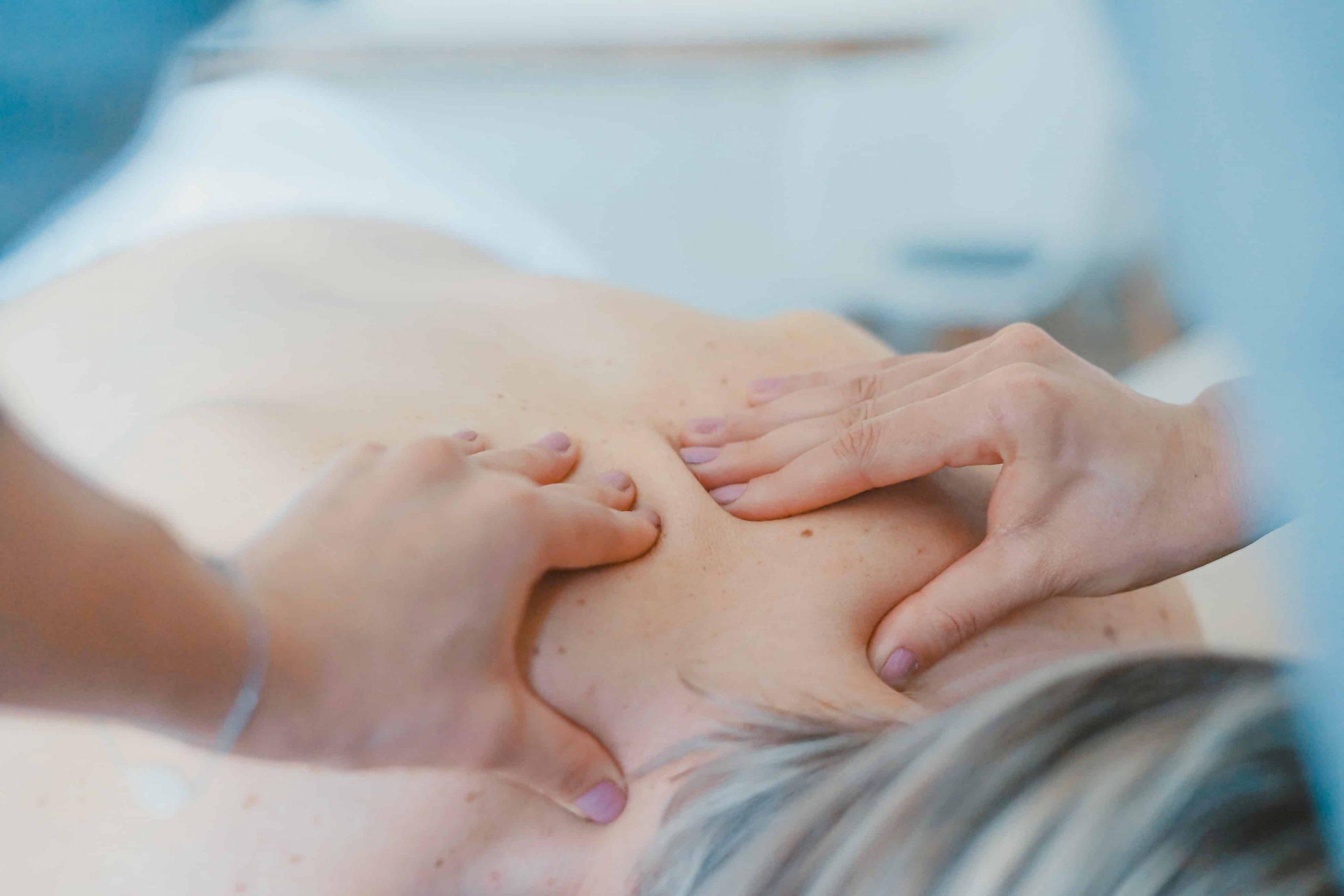 Nackenmassagegerät: Test & Empfehlungen (03/21)