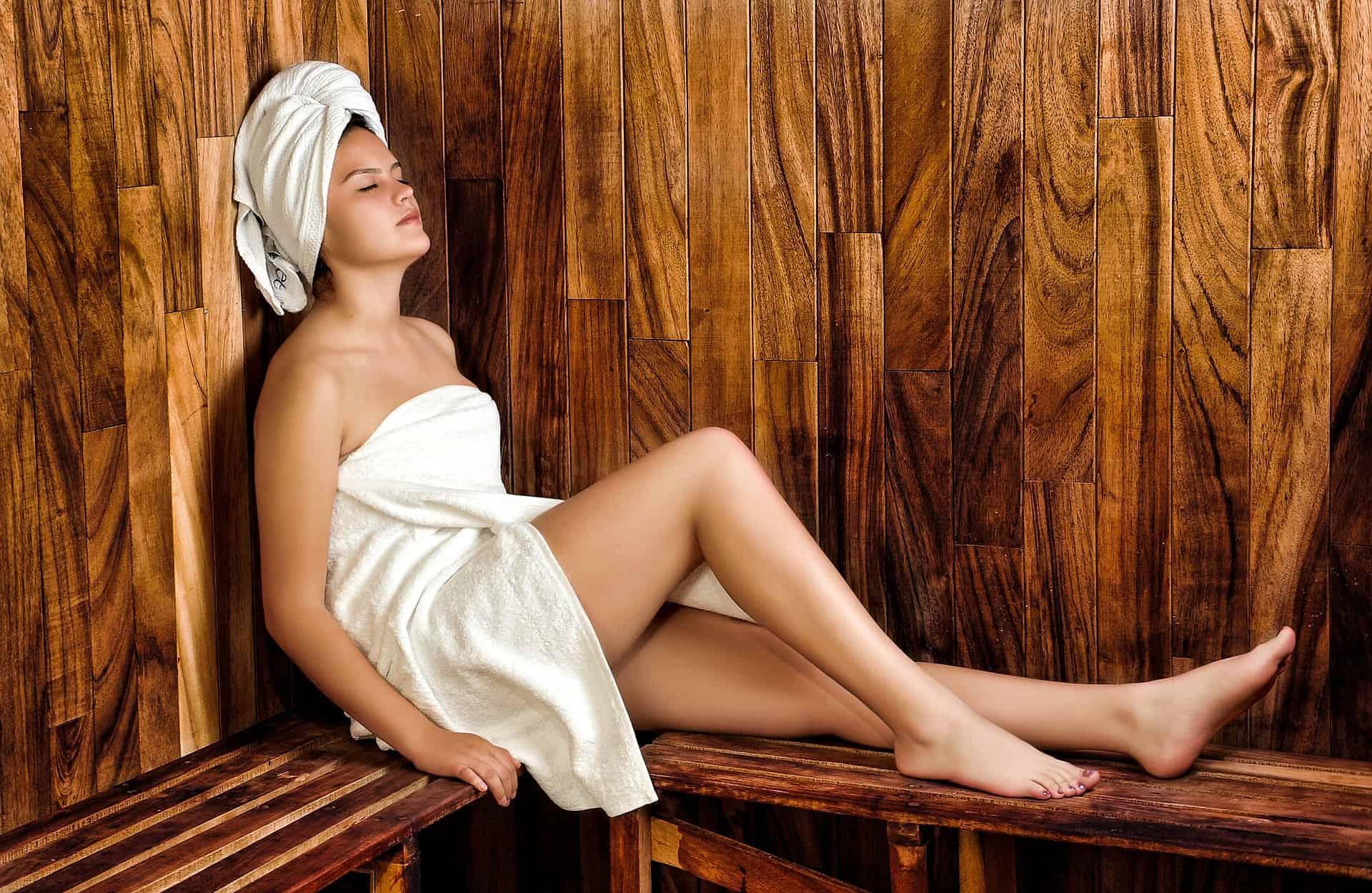 Wie gesund ist es, in die Sauna zu gehen?