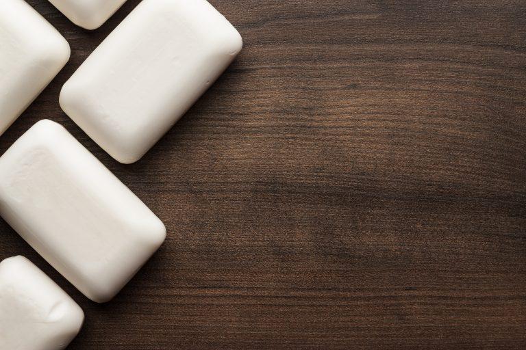 Antibakterielle Seifen sind im Gebrauch mit einer herkömmlichen Seife weitgehend identisch.